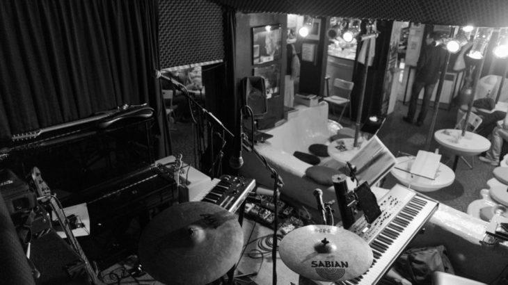 【DTM】バンドでレコーディング・曲作りをするのに最低限の機材・ソフト