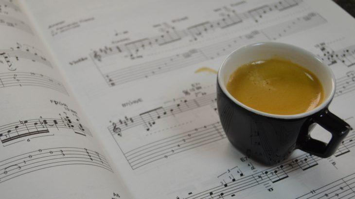 作曲と編曲の違いとは?どっちが難しい?実は分けているのは日本だけ!?